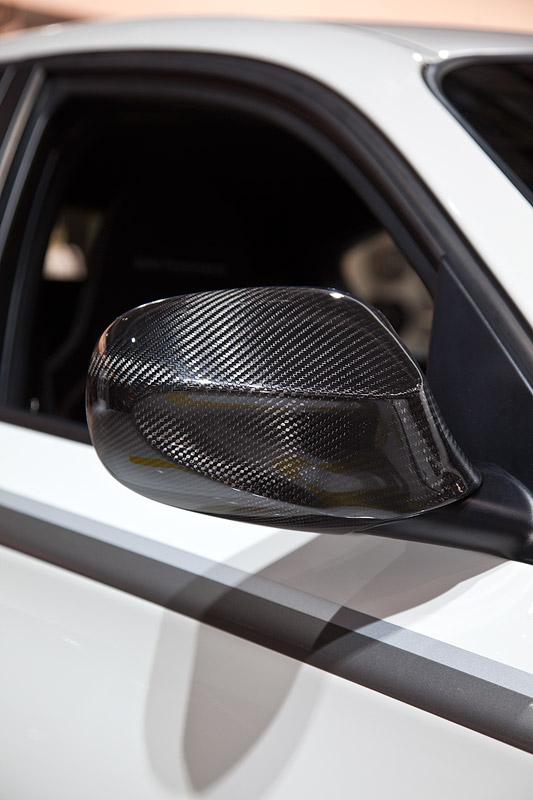 BMW 1er (E87) mit BMW Performance Außenspiegelklappe aus Carbon (498 Euro)