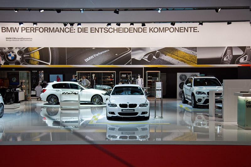 BMW Messestand auf der Essen Motor Show 2011