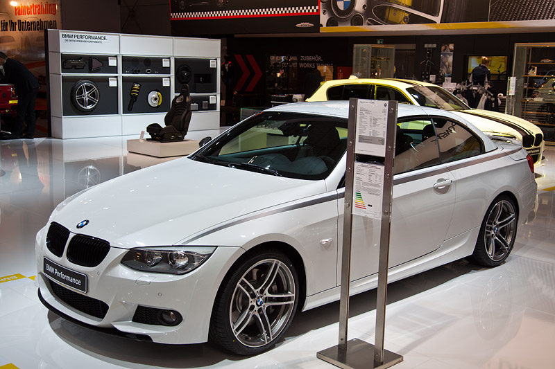 Essen Motor Show 2011: BMW 335i Cabrio Performance
