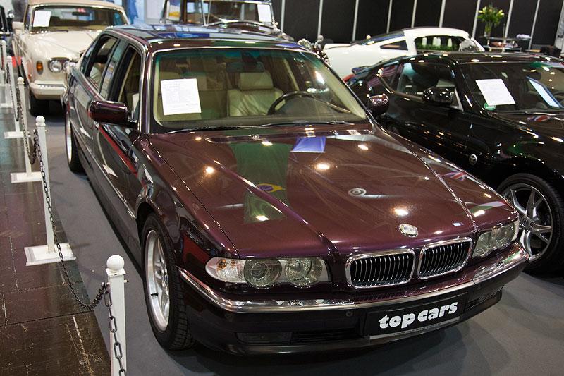 BMW 750iL L7 (E38), maronmettalic, Sonderleder Sandbeige, Erstzulassung: 03.06.2001, 21.500 km
