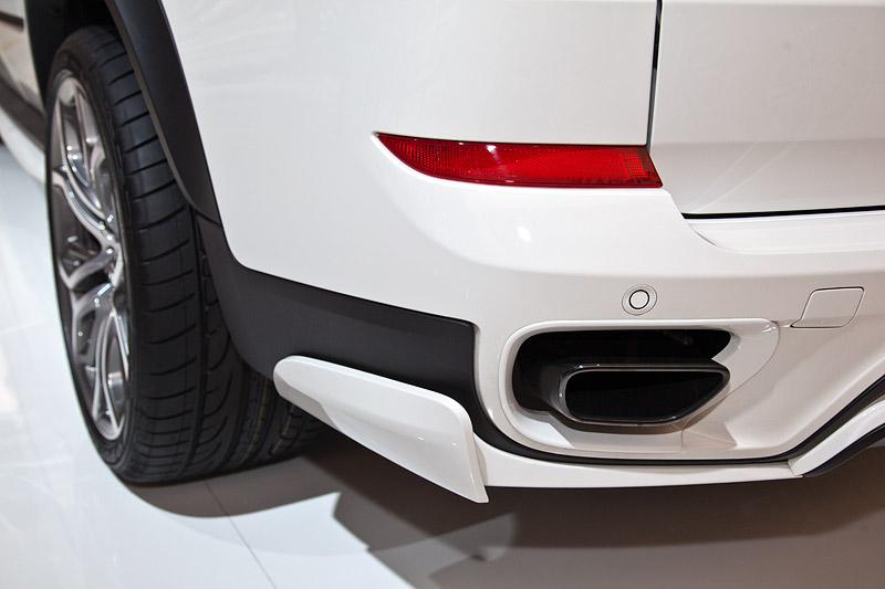 BMW X5 35i Performance mit BMW Performance Schalldämpfer System (1.250 Euro)