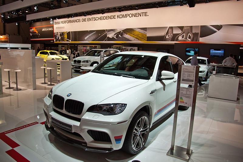 BMW X6 M Performance auf der Essen Motor Show 2011
