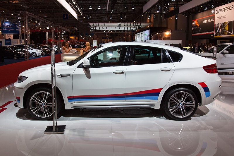 Essen Motor Show 2011: BMW X6 M Performance auf der Essen Motor Show 2011