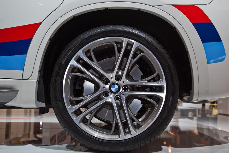 BMW X6 M Performance, Doppelspeiche 310 M 21 Zoll für 5.200 Euro Mehrpreis