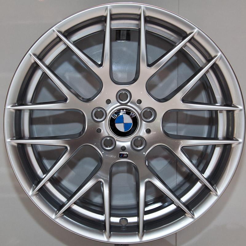 BMW Performance Felge Y-Speiche 359 mit M-Symbol