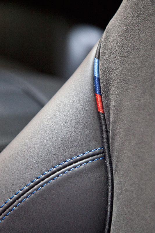 foto bmw 640d coupe mit bmw m farben am sitz vergr ert. Black Bedroom Furniture Sets. Home Design Ideas