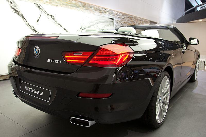 Foto: IAA 2011: BMW 650i xDrive Cabrio Individual (vergrößert)