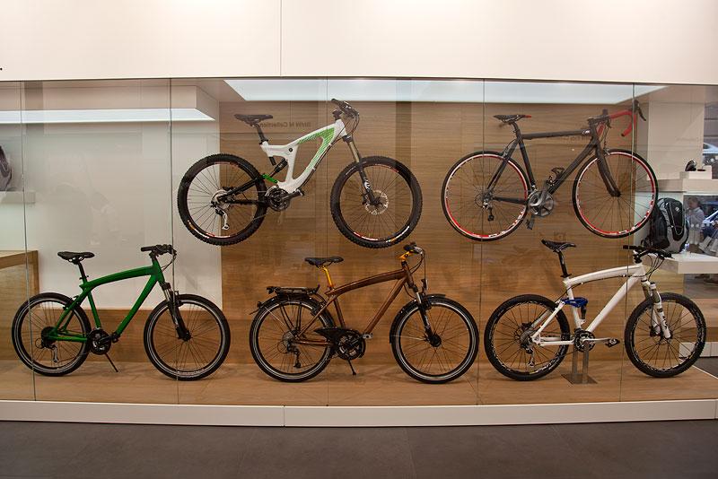 BMW Fahrräder, ausgestellt in der BMW Messehalle auf der IAA 2011