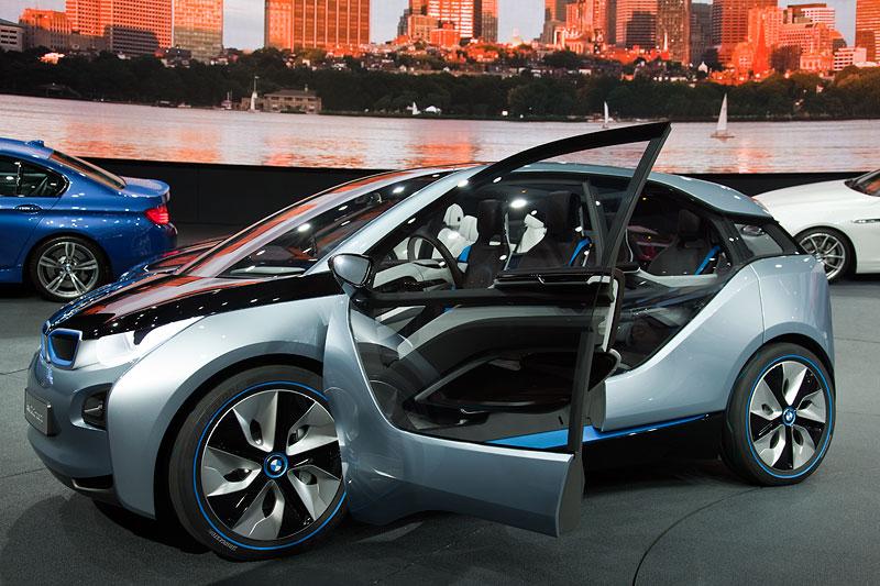 BMW Presse-Konferenz auf der IAA 2011: der BMW i3