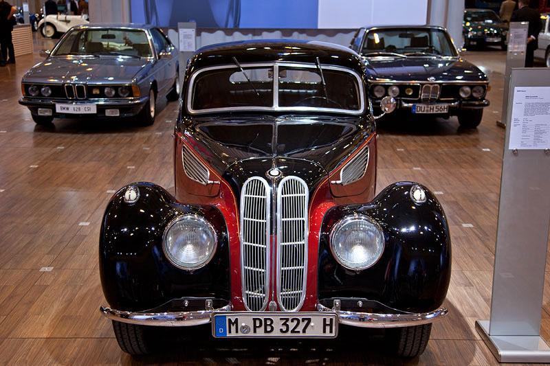 BMW 327/328 Sport-Coupe auf der Techno Classica 2011