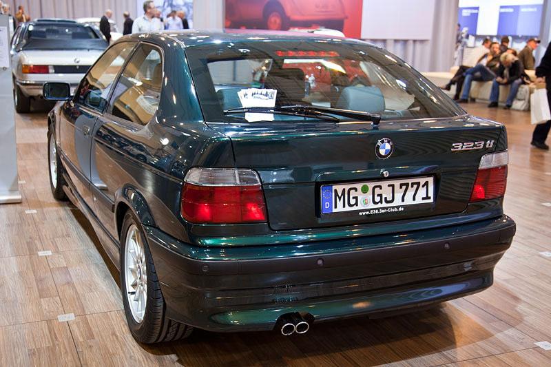 Techno Classica 2011: BMW 323ti compact