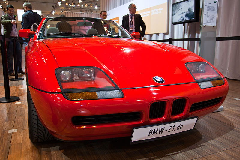 foto techno classica bmw z1 roadster baujahr 1989 vergr ert. Black Bedroom Furniture Sets. Home Design Ideas