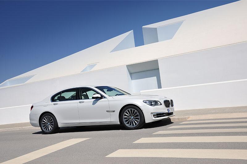 BMW 750d xDrive (F01 LCI)