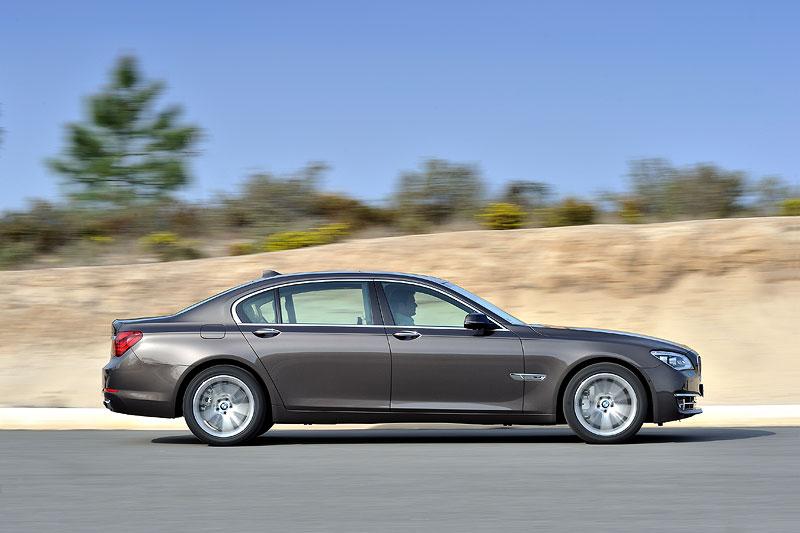 BMW 750Li Facelift (F02 LCI)