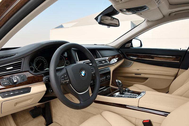 BMW 7er Facelift (F02 LCI), Interieur