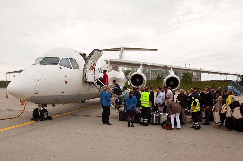 ab München wurden die Journalisten per Charter-Flug nach St. Petersburg geflogen