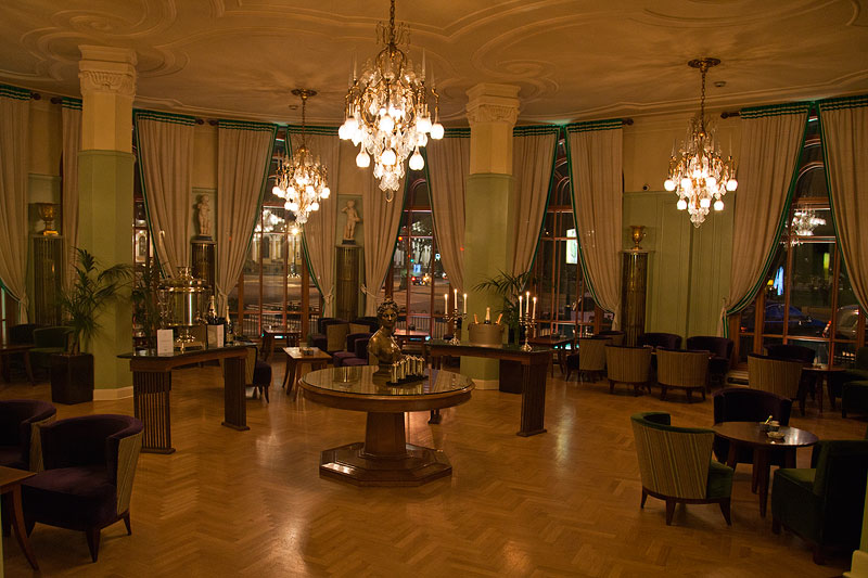Astoria Hotel in St. Petersburg
