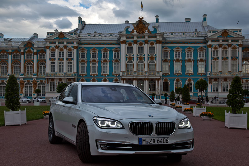 BMW 750i (F01 LCI) nach der Testfahrt am Katharinenpalast