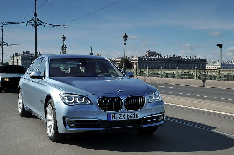 BMW ActiveHybrid 7 (F04 LCI) on location in St. Petersburg