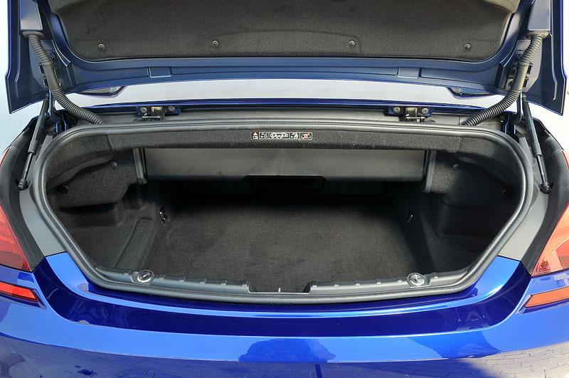 bmw mini cabrio kofferraum. Black Bedroom Furniture Sets. Home Design Ideas