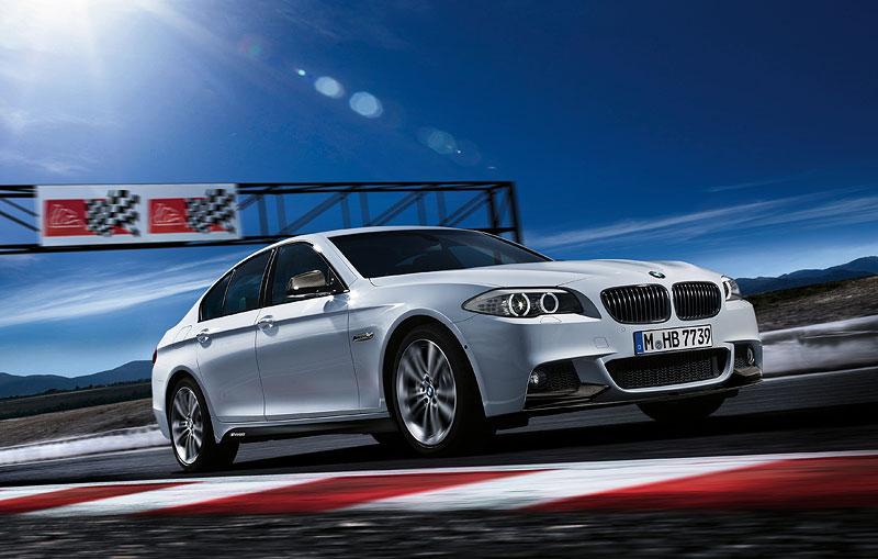 BMW 5er Limousine mit BMW M Performance Komponenten