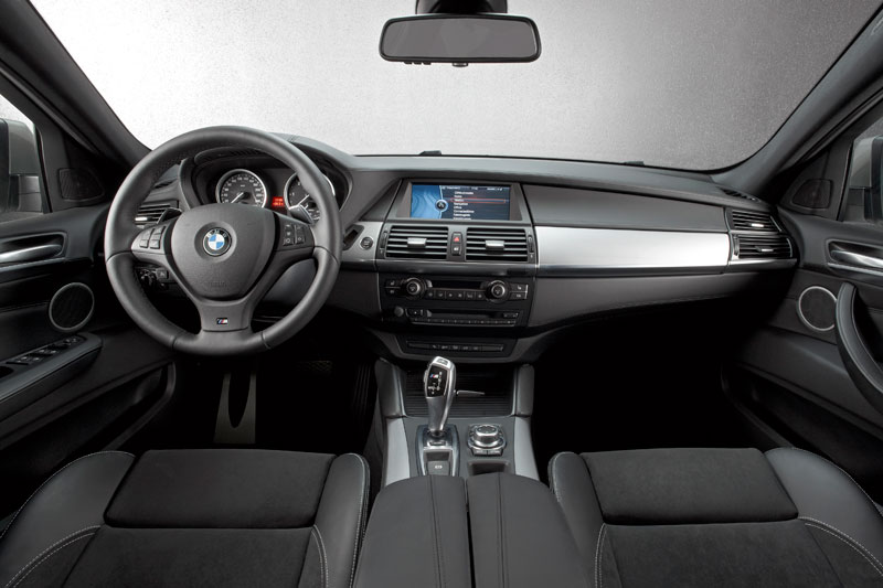 Foto bmw x5 m50d e70 aus der neuen bmw m pervormance for Interieur x5