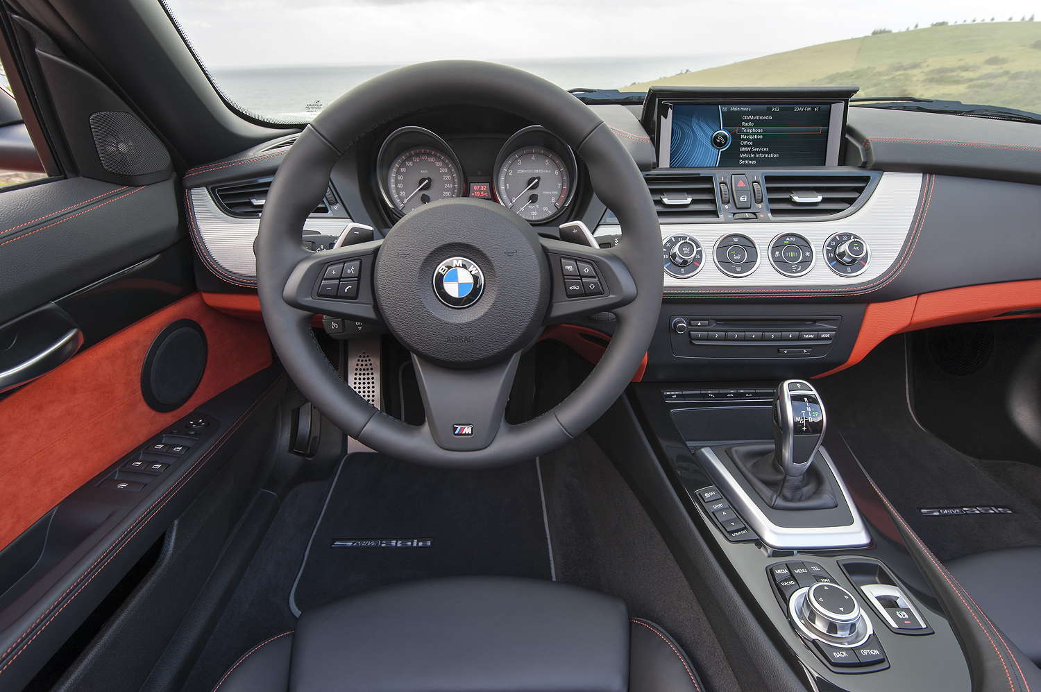 E89 m lenkrad in e90 e90 e91 e92 e93 interieur bmw for Interieur z4 e85