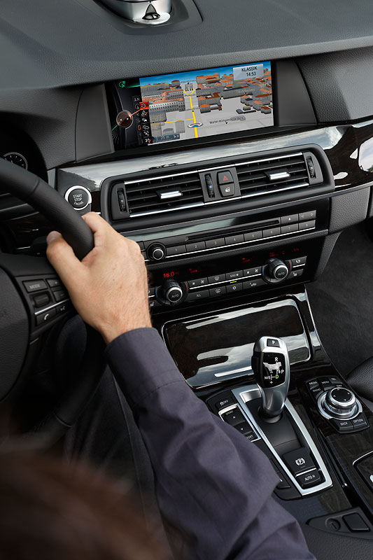 BMW ConnectedDrive, Neue Generation Navigationssystem Professional, Navigation