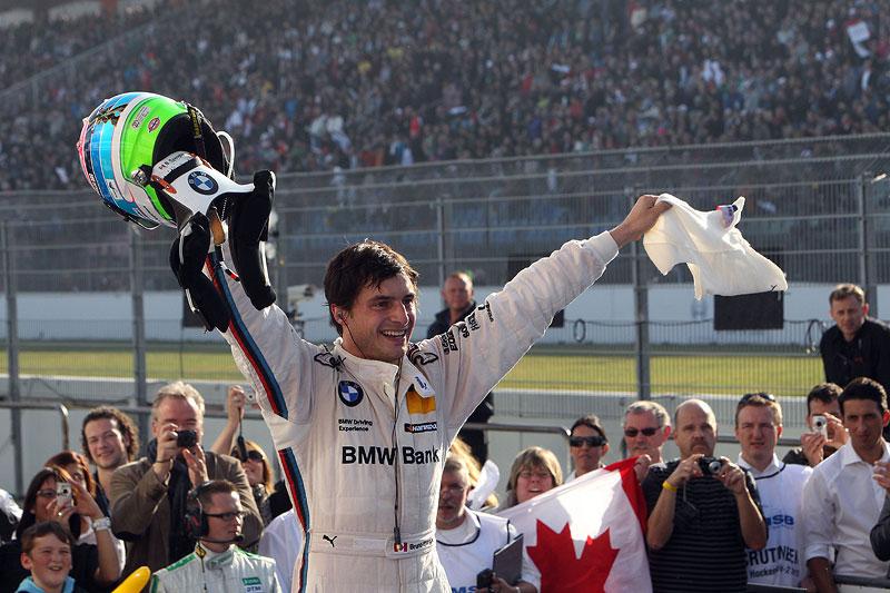 Bruno Spengler freut sich über seinen Sieg am Hockenheimring und die gewonnene DTM-Meisterschaft