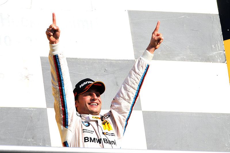 Bruno Spengler ist DTM Champion 2012, hier auf dem Siegerpodest am Hockenheimring