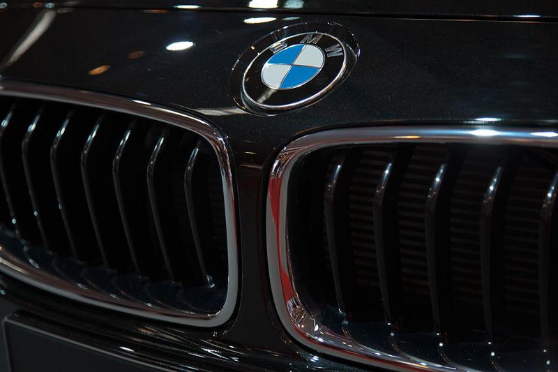 AC Schnitzer ACS3, BMW-Niere und BMW Logo