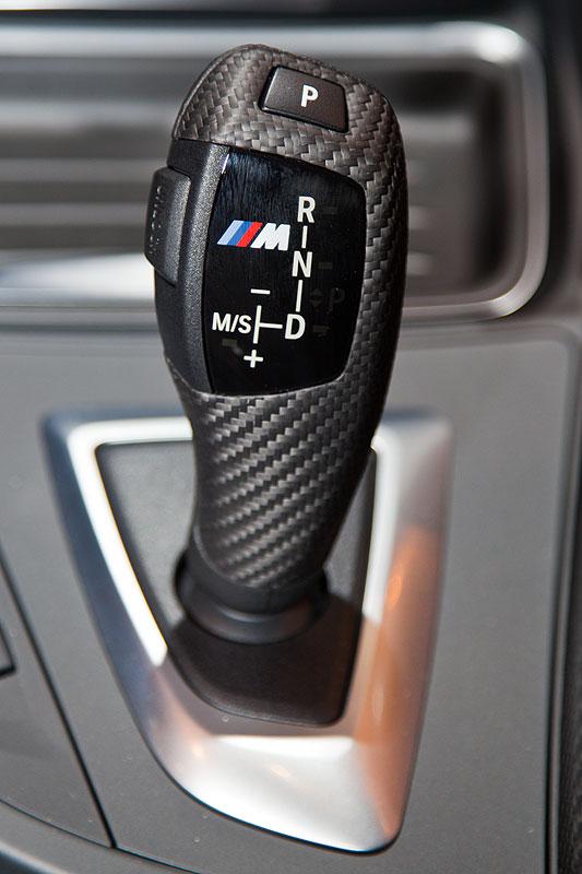 BMW 320d Touring (F31) mit BMW M Performance Carbon Wählhebel
