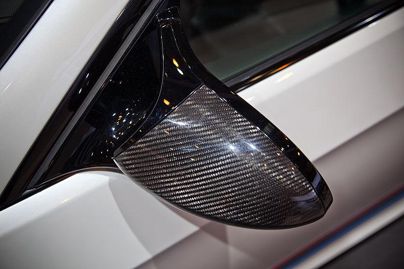 BMW M3 (E92) mit BMW M Performance Carbon Aussenspiegelblende