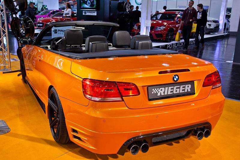 BMW 335i Cabrio (E93), mit Brembo Bremsanlage für 4.463 Eur und Remus 4-Rohr Endschalldämpfer für 879 Eur
