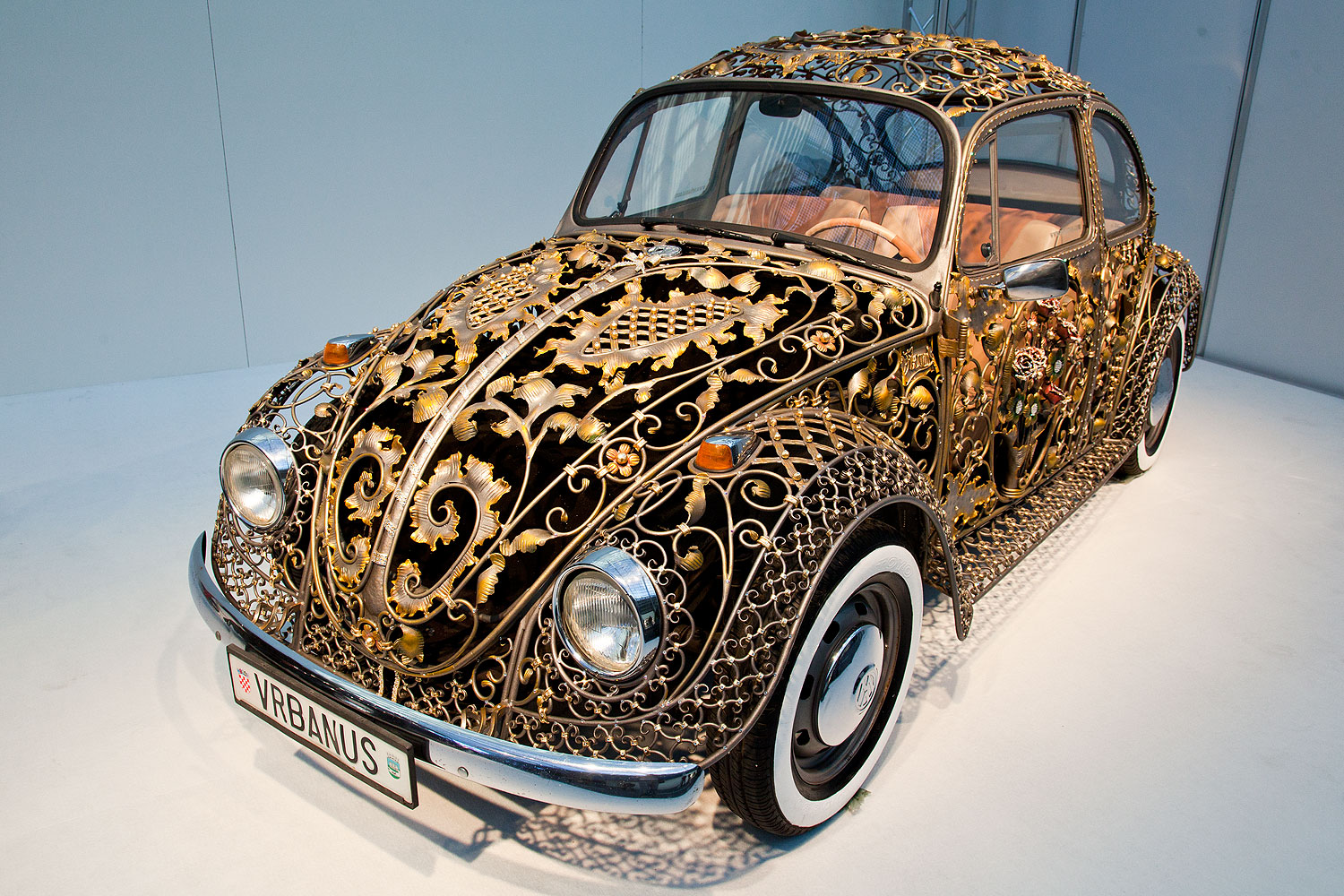 croatian_wrought_iron_vw_beetle_6974-a.j