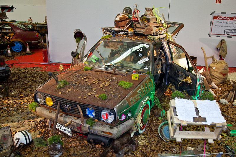 in der Halle 1A wurden Autos künstlich gealtert, Essen Motor Show 2012