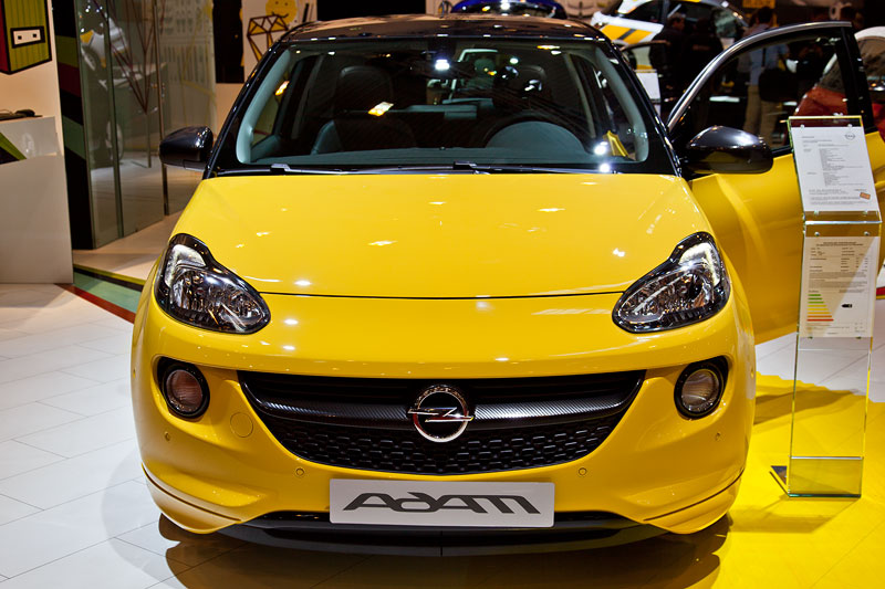 Opel war seit längerem wieder in Essen dabei und zeigte seinen Adam als Deutschland-Premiere