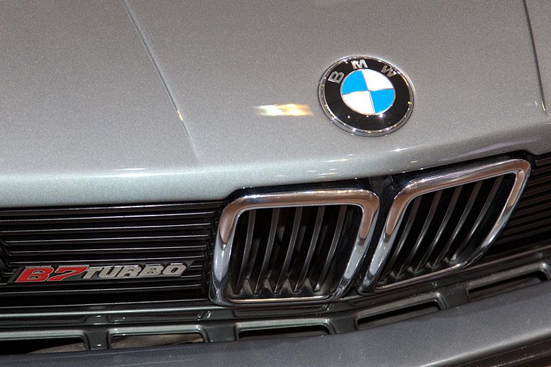 BMW Alpina B7 Turbo Katalysator (E28), 6-Zylinder-Reihenmotor, 320 PS