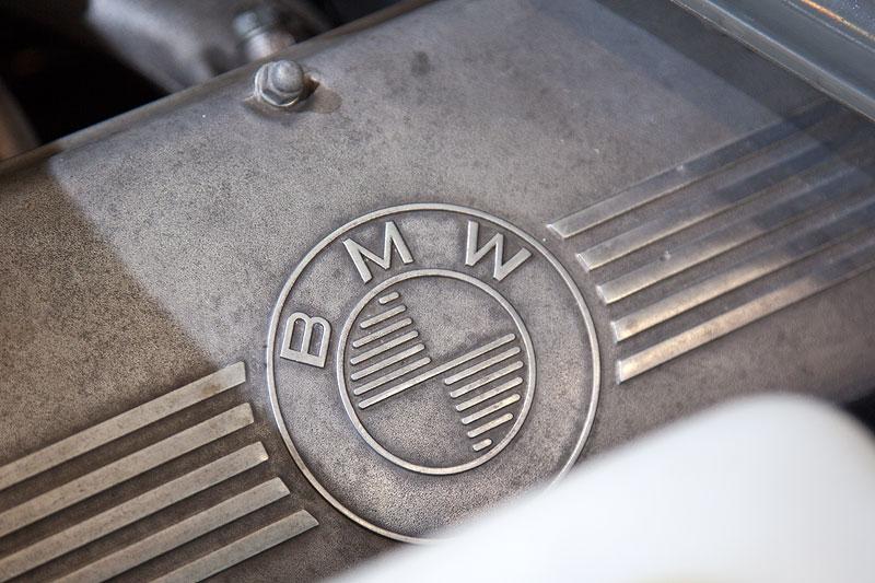 BMW 3,0 S (E3), 6-Zylinder Reihen-Motor
