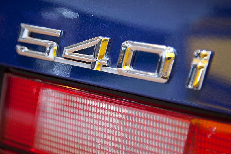 BMW 540i touring (Modell E34), Typbezeichnung auf der Heckklappe