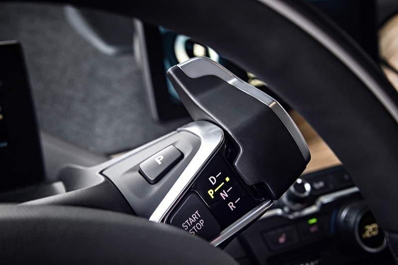 BMW i3, Schalthebel am Lenkrad