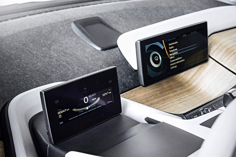 BMW i3, Bord-Monitore