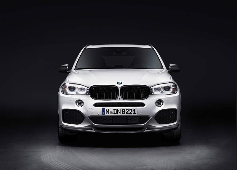 Der neue BMW X5 mit BMW M Performance Zubehör.
