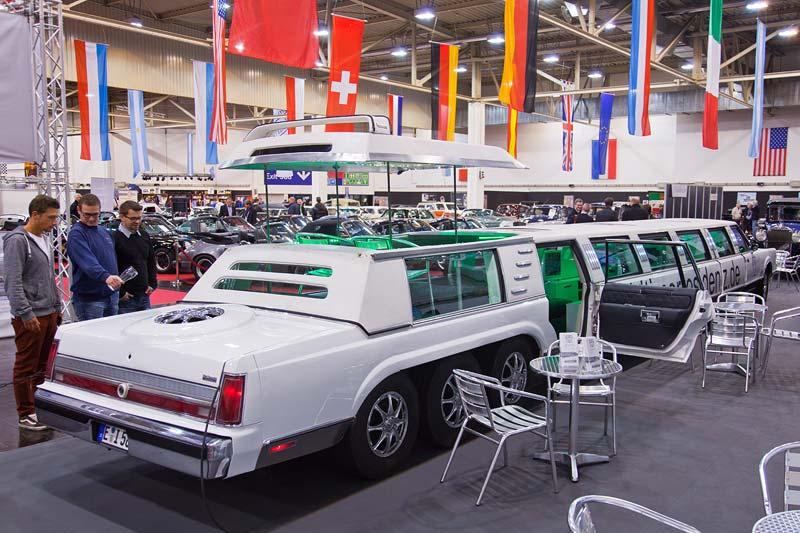 Essen Motor Show 2013: amerikanische Stretch-Limousine
