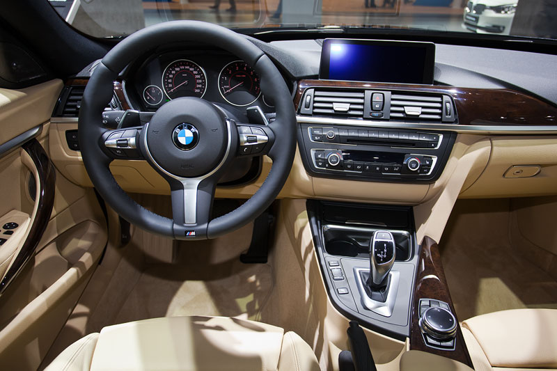 BMW 328i xDrive Gran Turismo, Cockpit