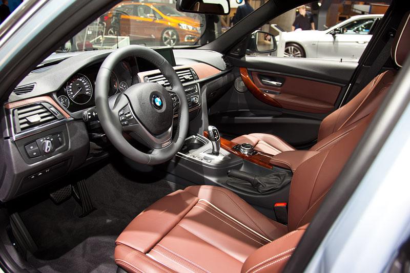 BMW 330d xDrive Individual, Innenraum