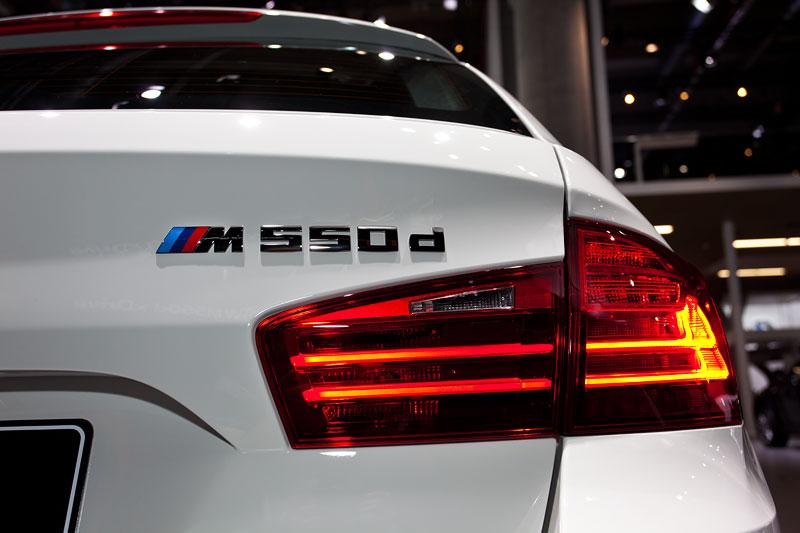 BMW M550d xDrive Touring, Typbezeichnung am Heck