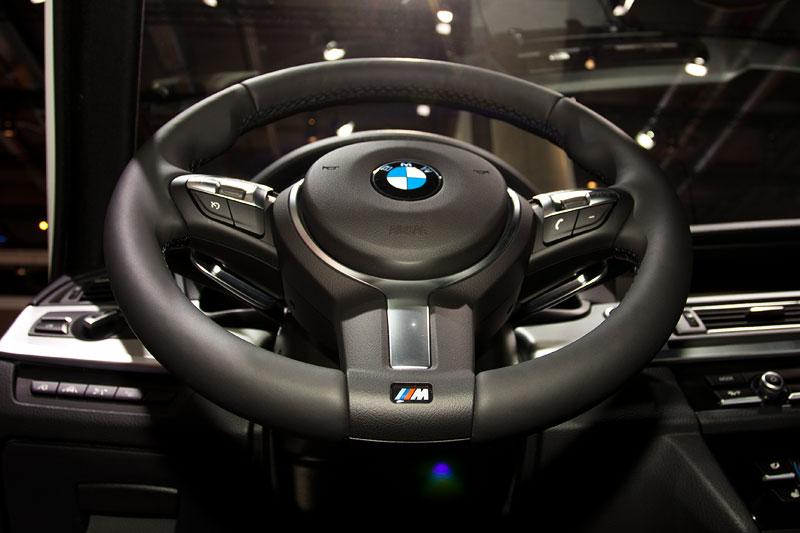 BMW M550d xDrive Touring, BMW M Lenkrad