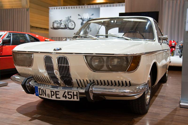 BMW 2000 CS, ausgestellt vom BMW 02 Club e.V., Besitzer: Manfred Pecks, Techno Classica 2013