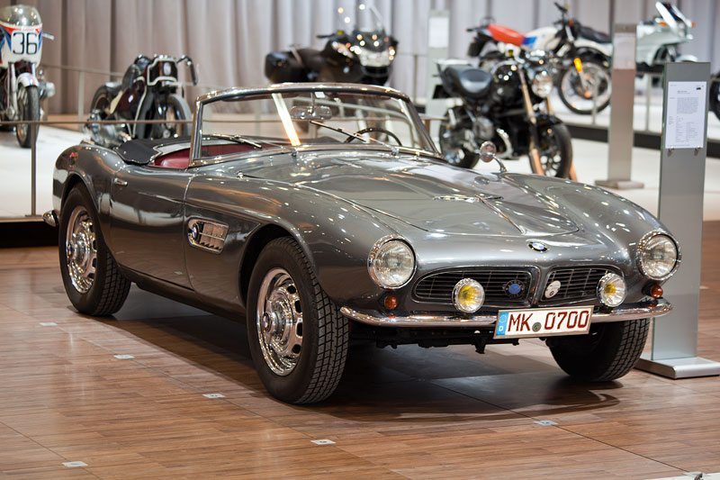 BMW 507 Touring Sport auf dem BMW Group Messestand, Techno Classica 2013